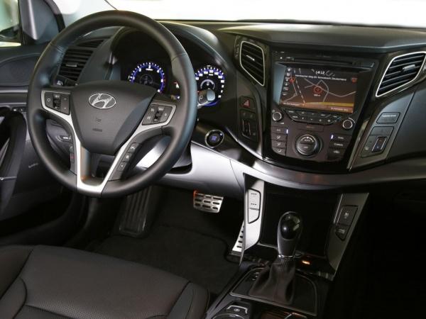 Hyundai i40 фото